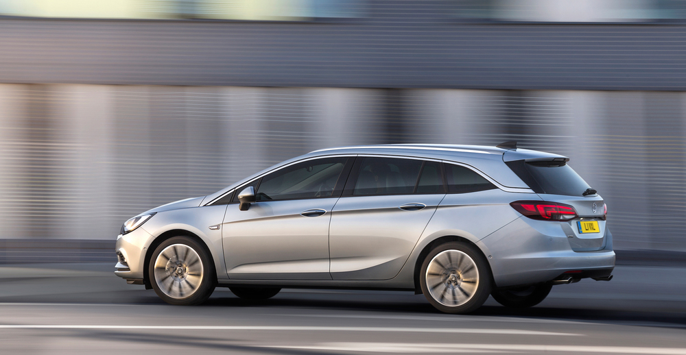 Vauxhall confirms pricing for new Astra Sports Tourer