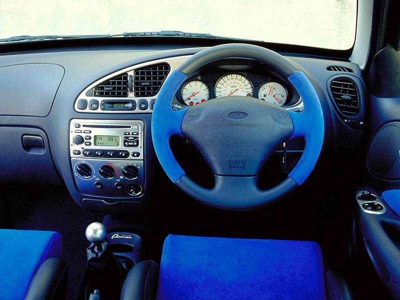 Racing-Puma-dash.jpg