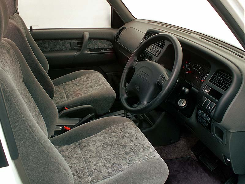 TROOPER_DIESEL_INTERIOR.jpg