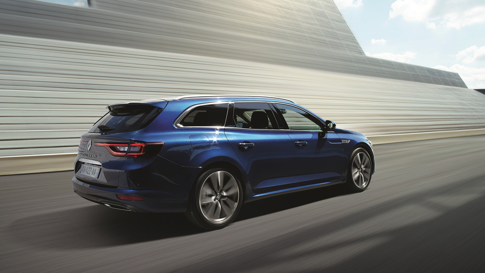 Renault reveals new Talisman Estate