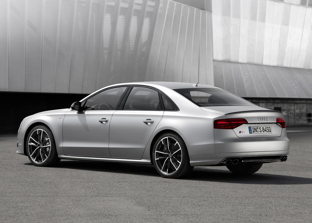 Audi unveils 605 bhp S8 plus