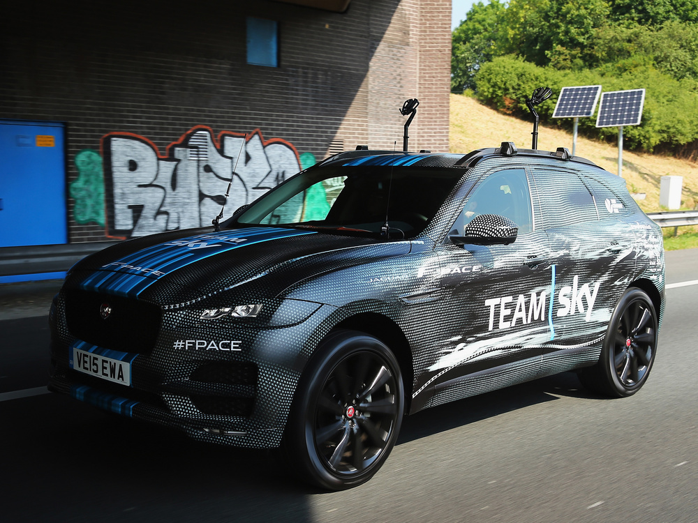 New Jaguar F-Pace breaks cover