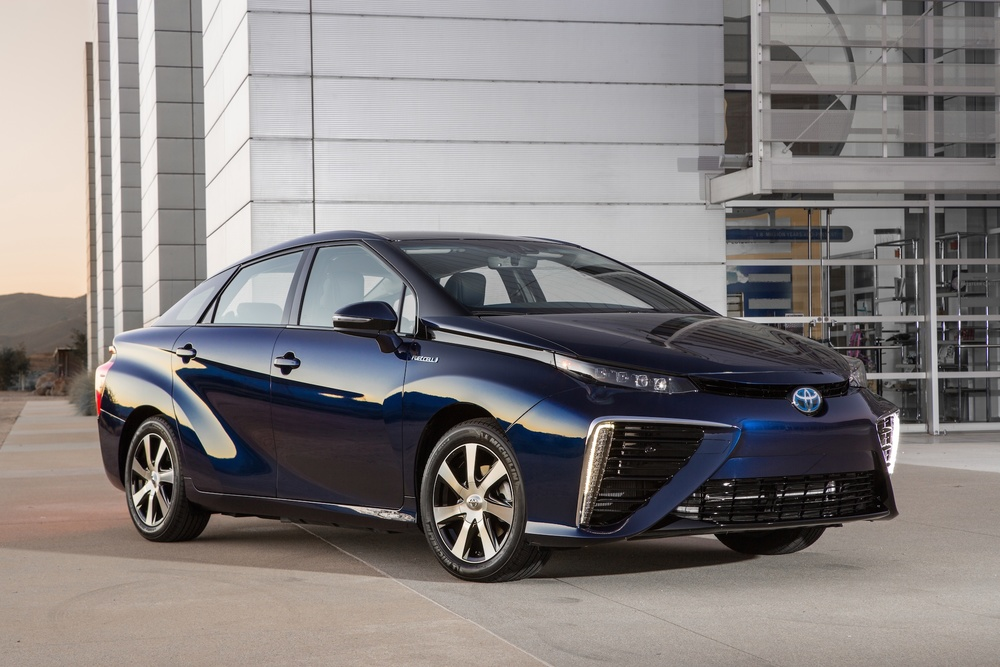Toyota Mirai hydrogen car sets new record
