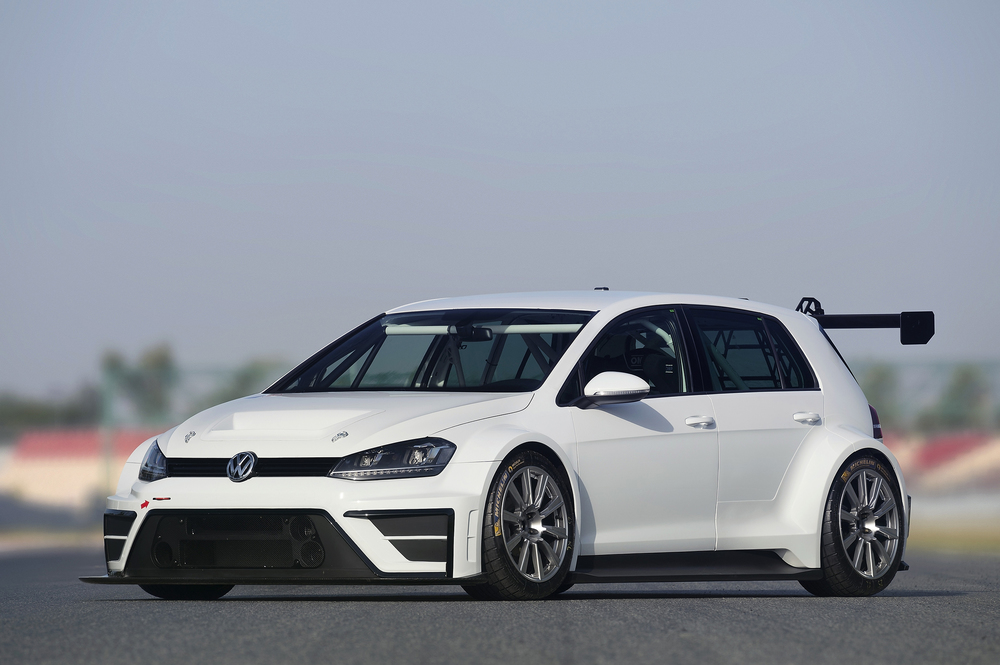 Volkswagen develops Golf for the racetrack