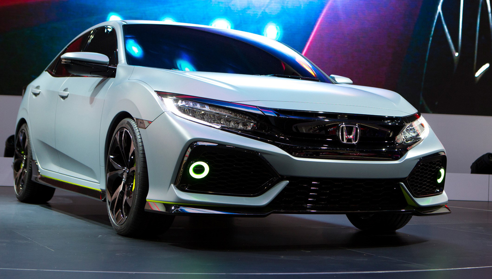 71931_Civic_Hatchback_Prototype_at_Geneva_Motor_Show_2016.jpg
