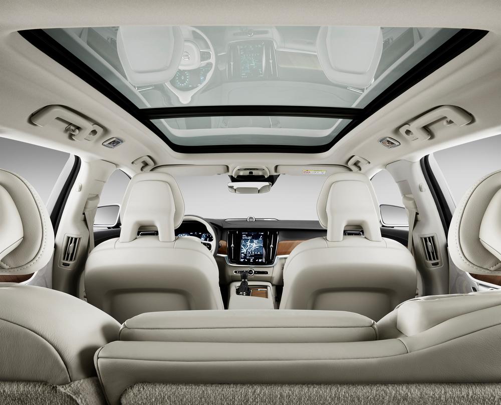 175283_Volvo_V90_Studio_Interior.jpg