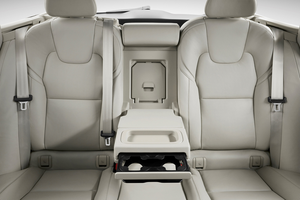 175289_Volvo_V90_Studio_Interior_Rear_seats.jpg