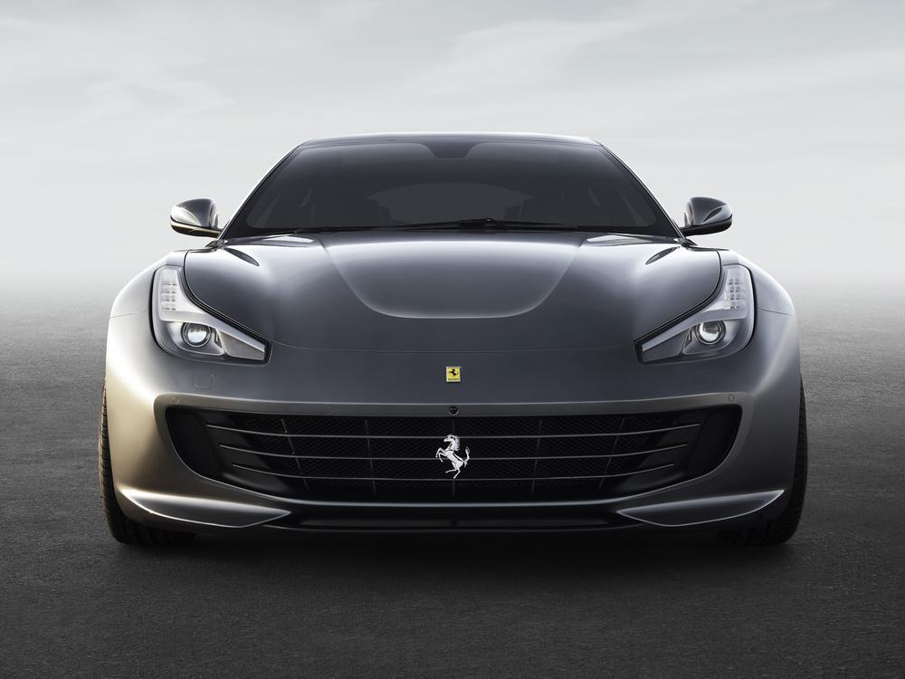 Ferrari_GTC4Lusso_front_LR.jpg