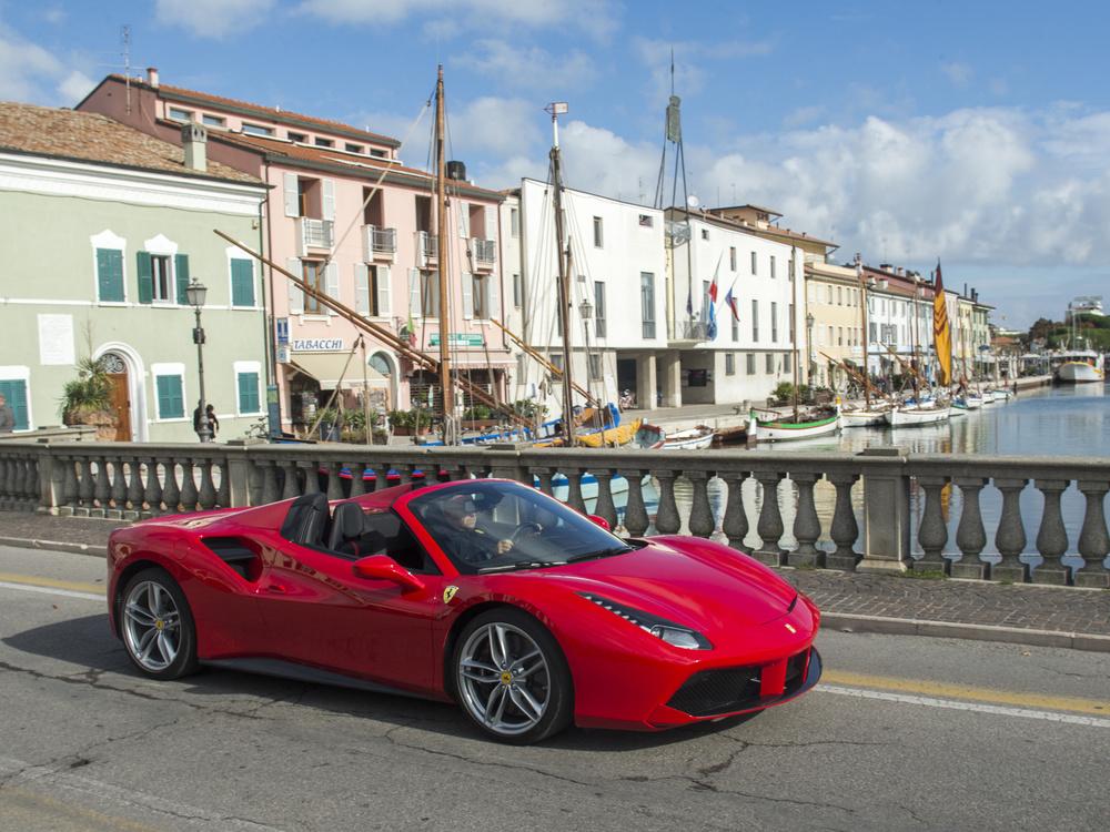 Ferrari488SpiderRossa100820153288.jpg