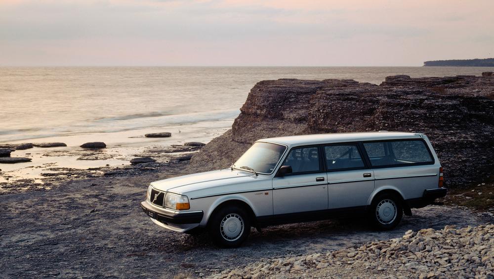 6175_Volvo_245_GL.jpg