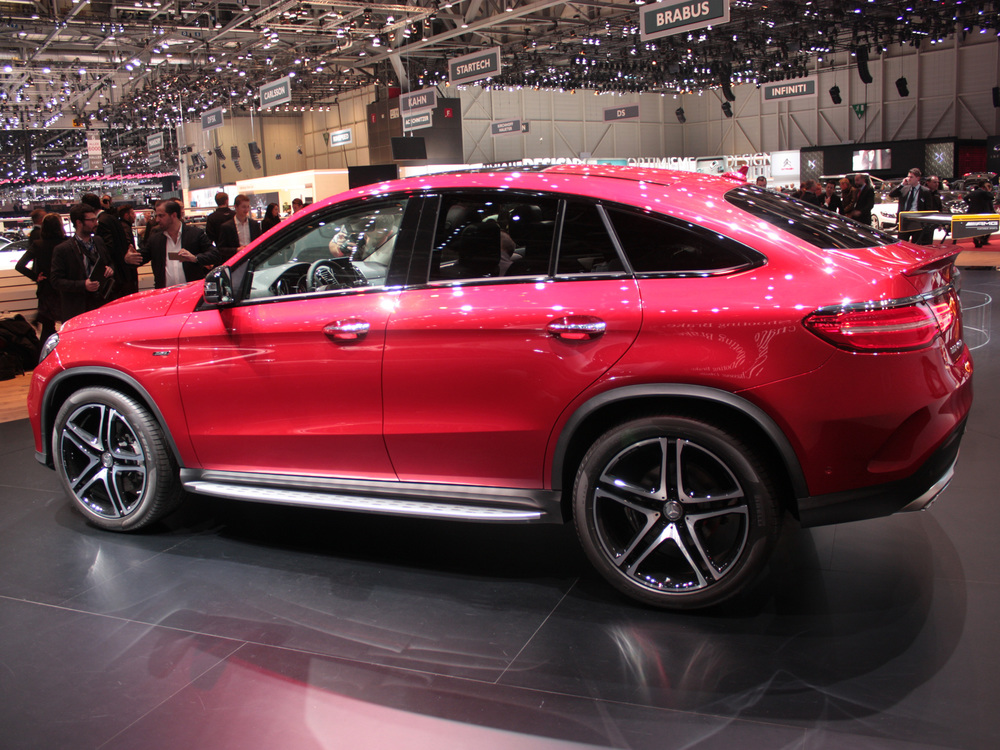 Geneva-Mercedes-GLE450-side.jpg
