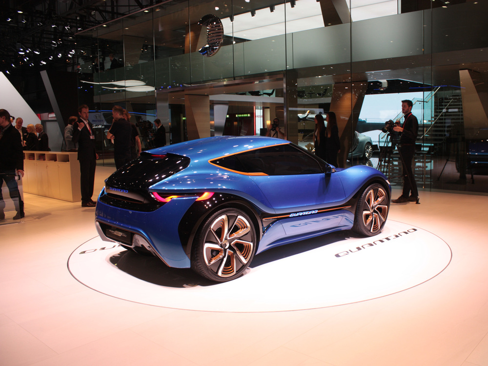 Geneva-Quant-blue-rear.jpg
