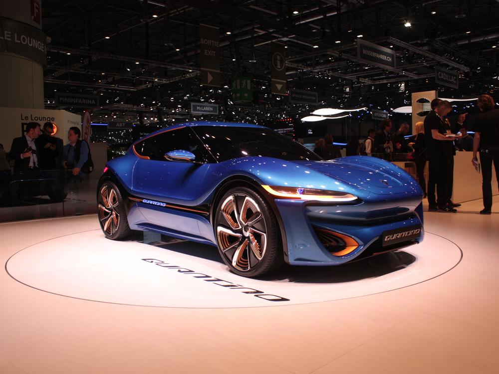 Geneva-Quant-blue-front.jpg