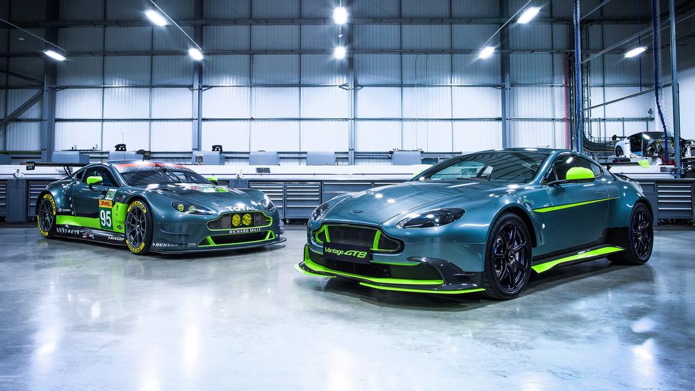 Aston Martin_Vantage GT8_01.jpg