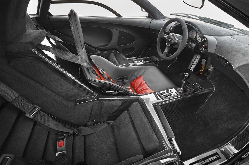 McLaren F1-77.jpg
