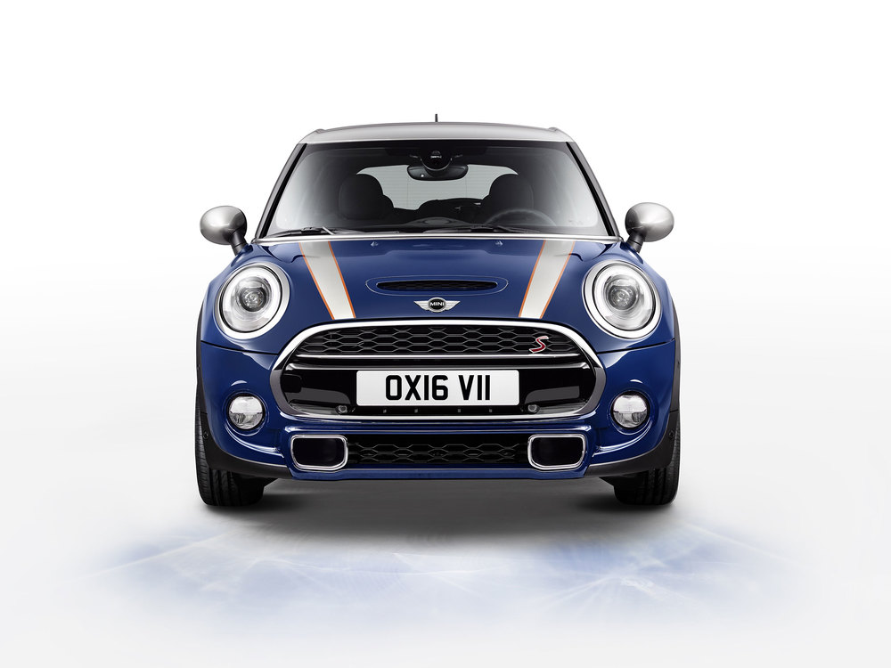 P90211180_highRes_mini-cooper-s-5-door.jpg