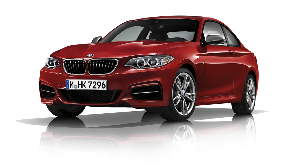 P90219023_highRes_bmw-m240i-coupe.jpg