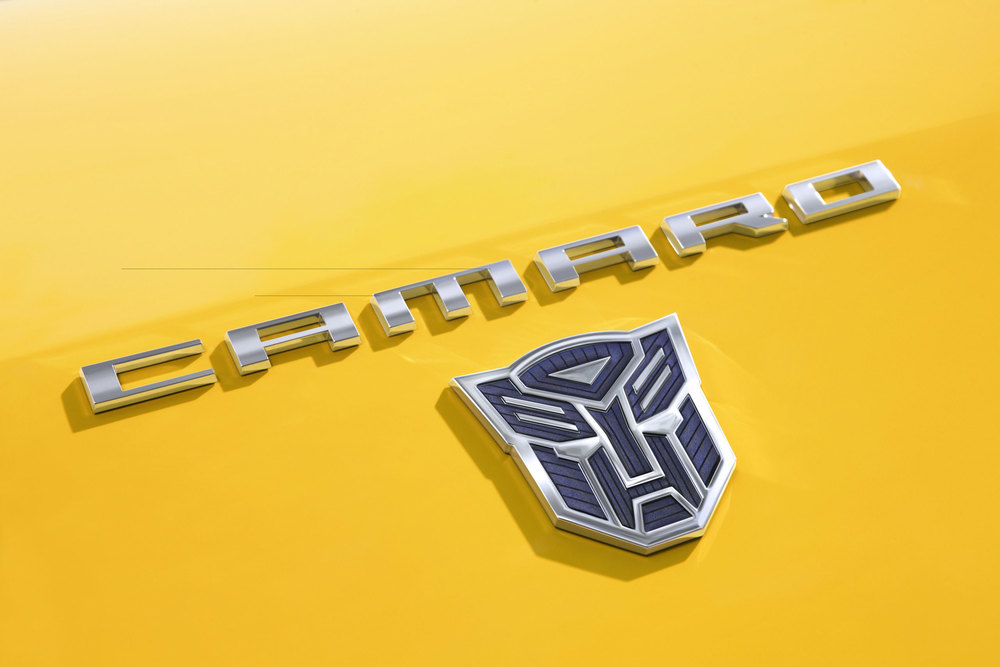 2010-Chevrolet-Camaro-Transformers-SpecialEd-02.jpg