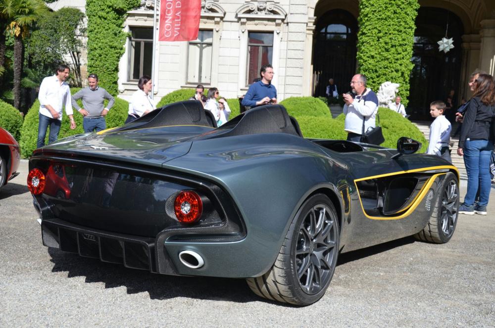 Aston-Martin-CC100-concept.jpg