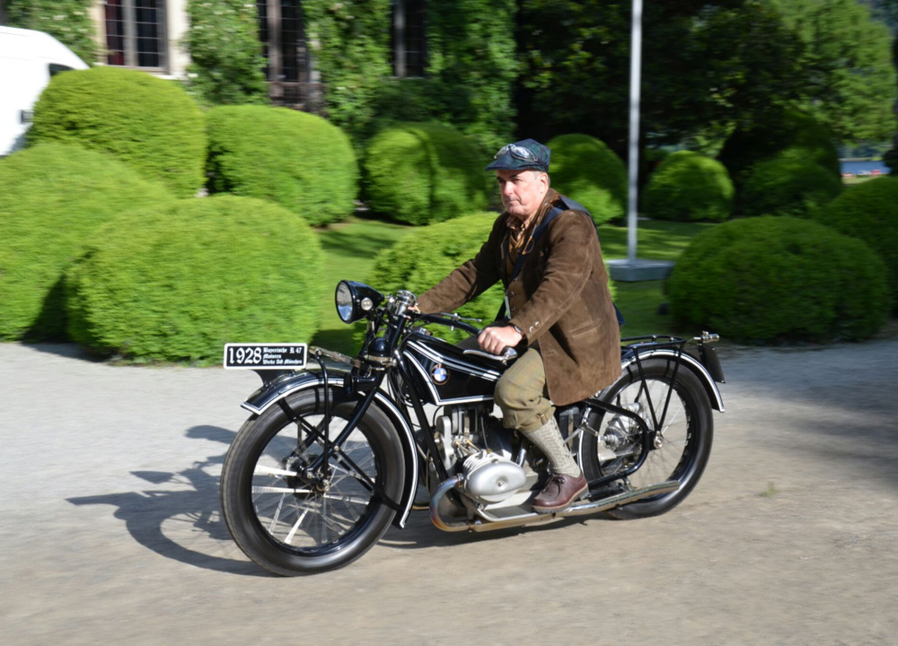 Classic-BMW-motorcycle.jpg