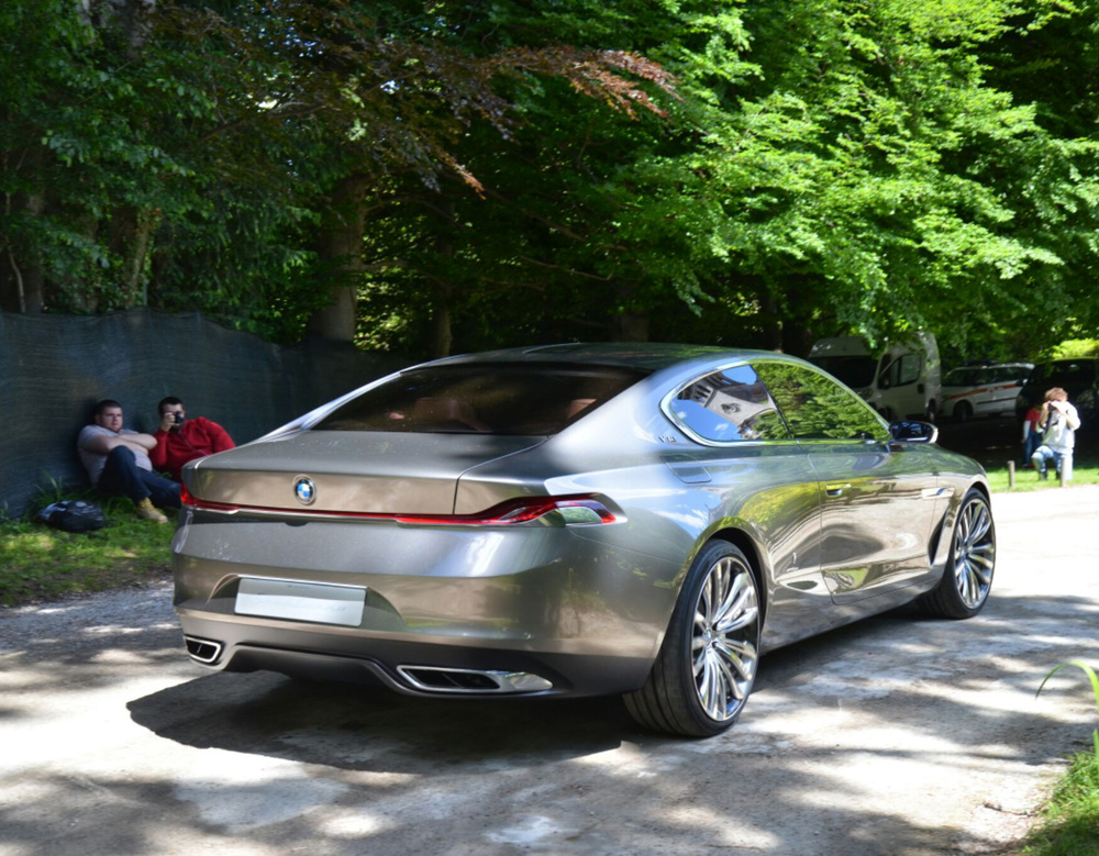 BMW-Pininfarina-Gran-Lusso-Concept.jpg