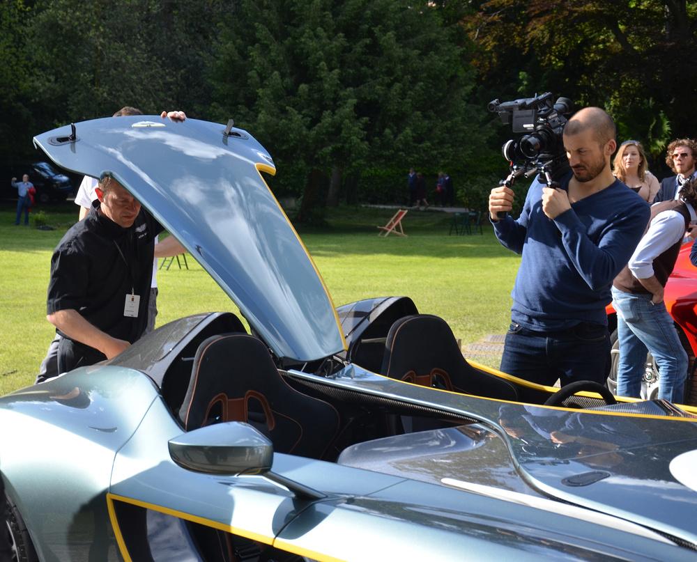 Aston-Martin-CC100-concept-5.jpg