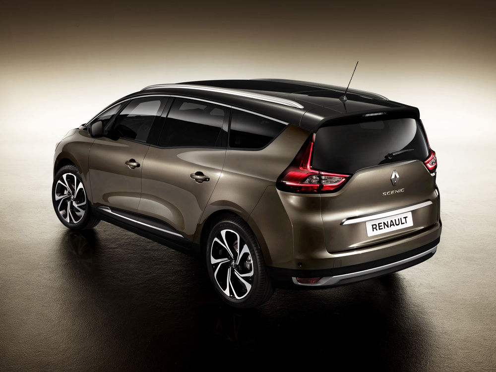 Renault-Grand-Scenic-(1).jpg