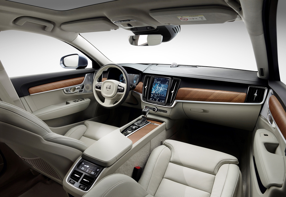 171457_Interior_cockpit_Volvo_S90_V90_blond.jpg