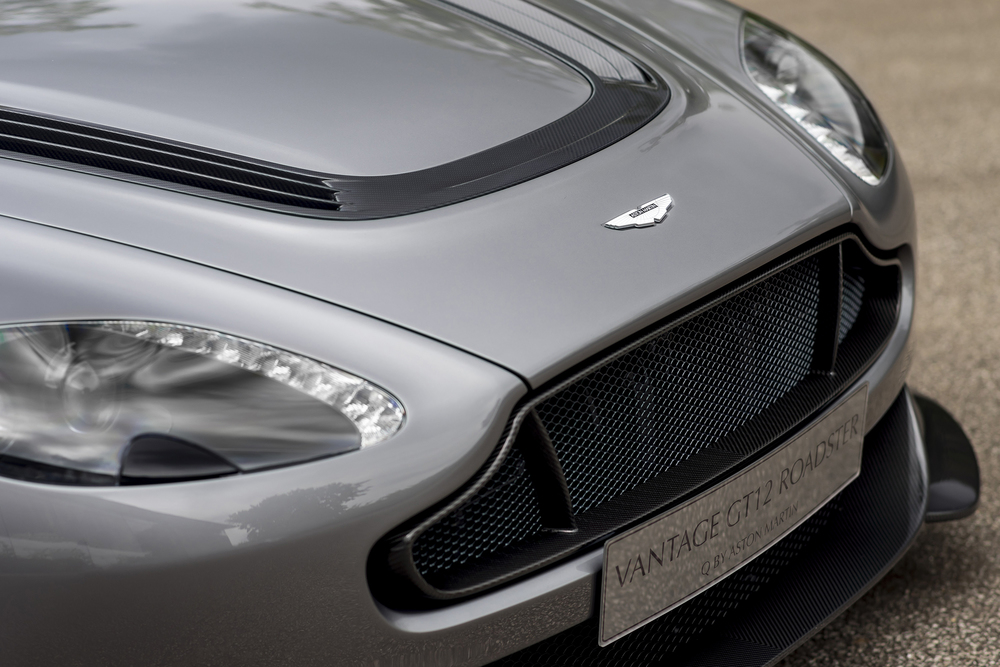 Vantage GT12 Roadster_07.jpg