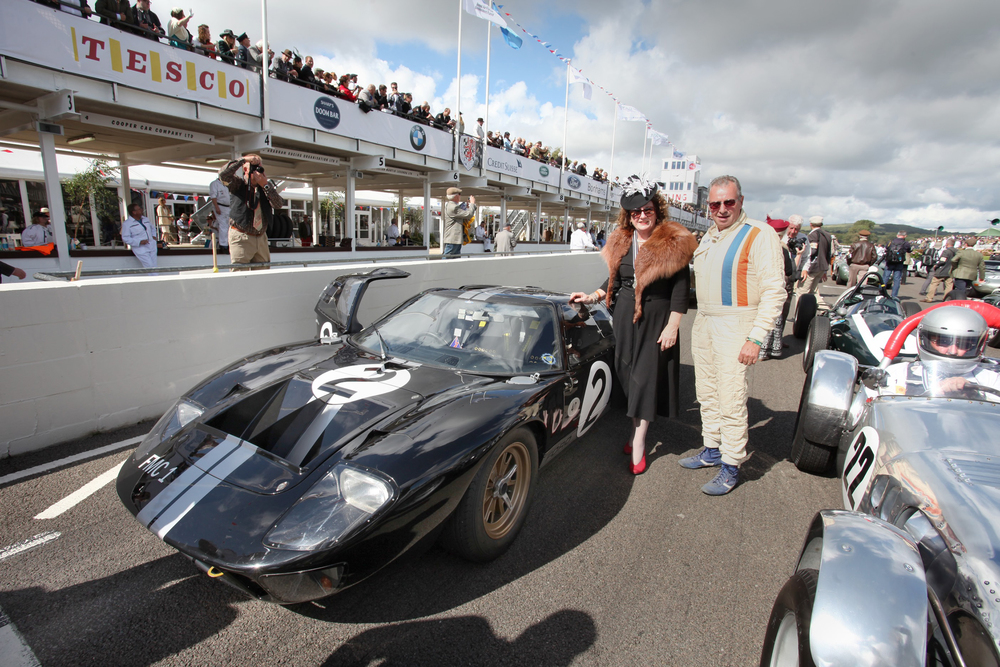 Bruce McLarens sister, Jan, with a 1966-liveried GT40.jpg