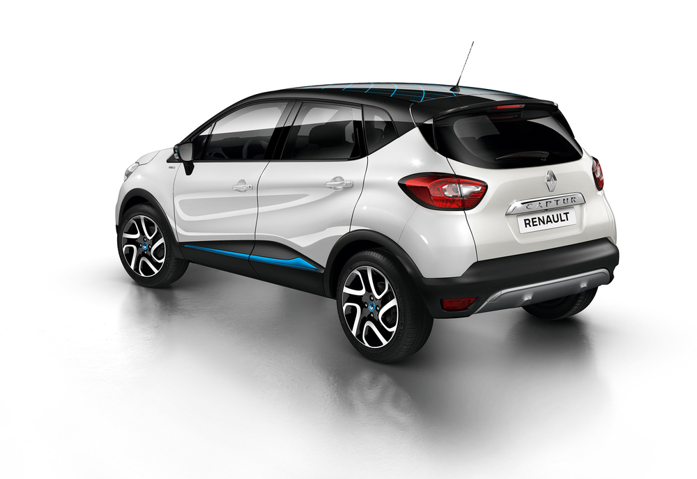 Renault_Captur_Iconic_Nav_Special_Edition_010716_(1).jpg