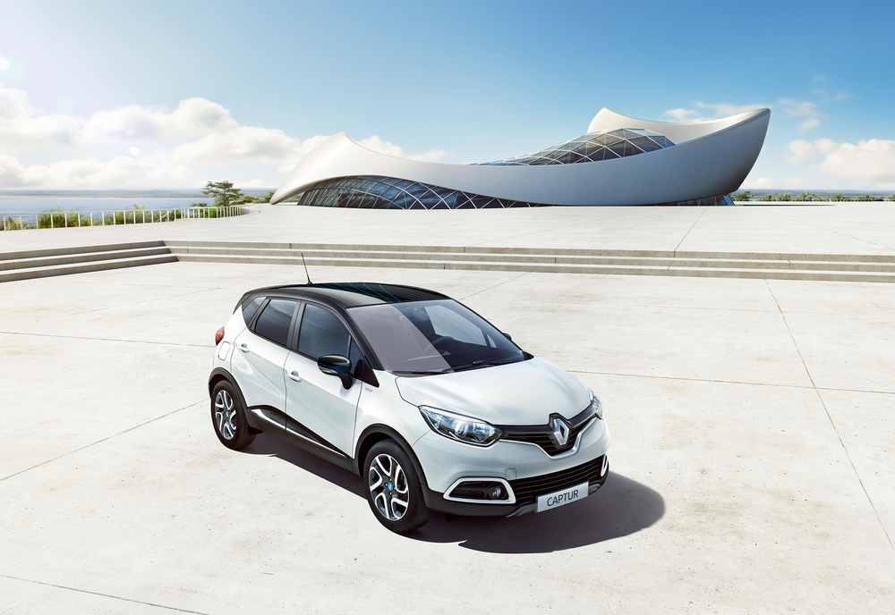 Renault_Captur_Iconic_Nav_Special_Edition_010716_LEAD.jpg