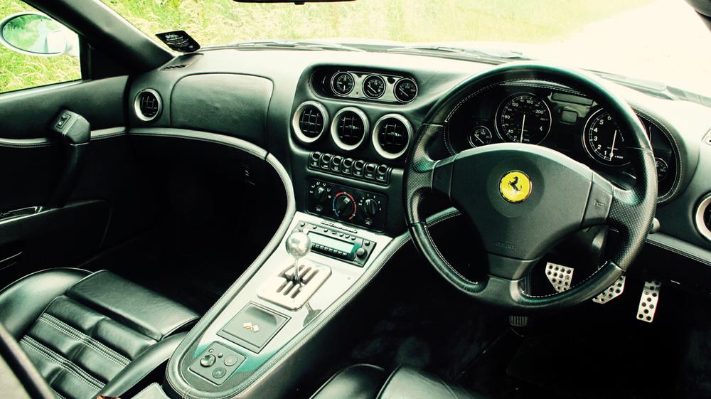 2000 Ferrari 550 Maranello interior 1 HR.jpg