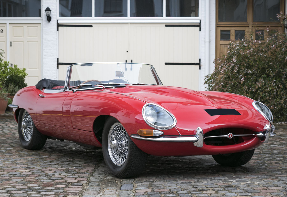 1. Jaguar E-Type Roadster front-side.jpg