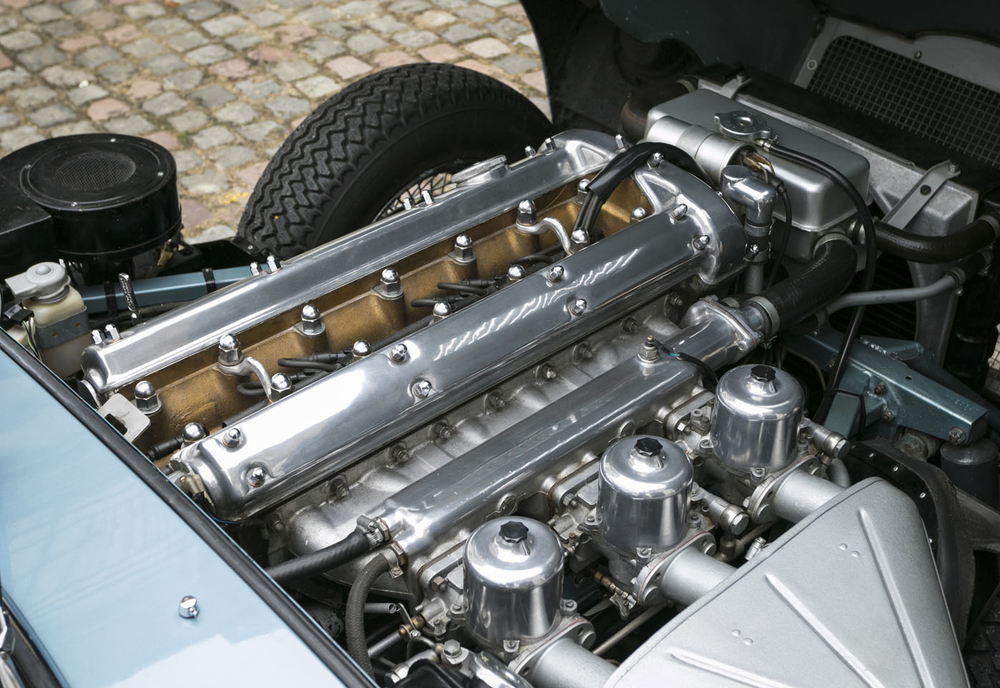 6. Jaguar E-type FHC engine.jpg