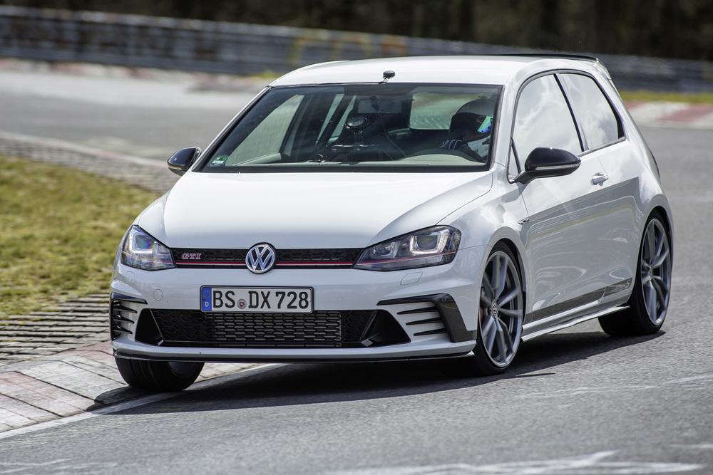 Volkswagen Golf GTI Clubsport S a.jpg