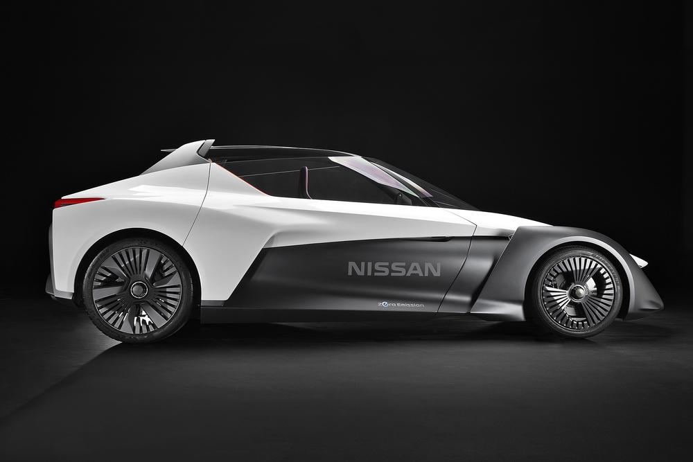 Nissan_BladeGlider_01.jpg