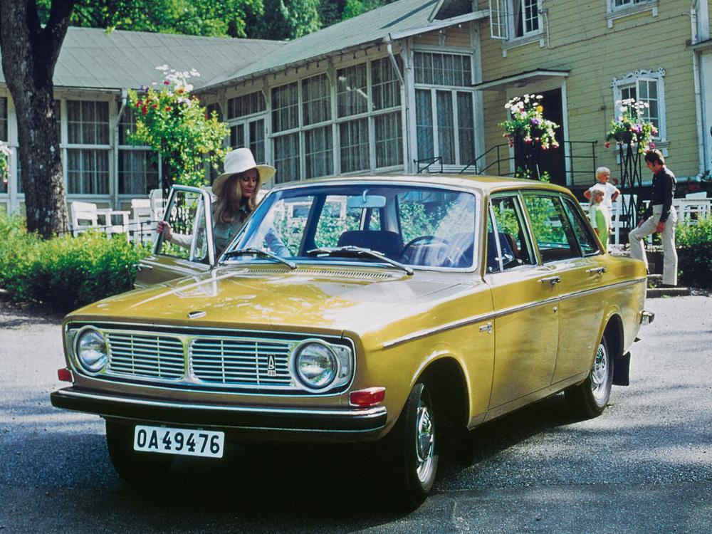 5887_Volvo_144.jpg