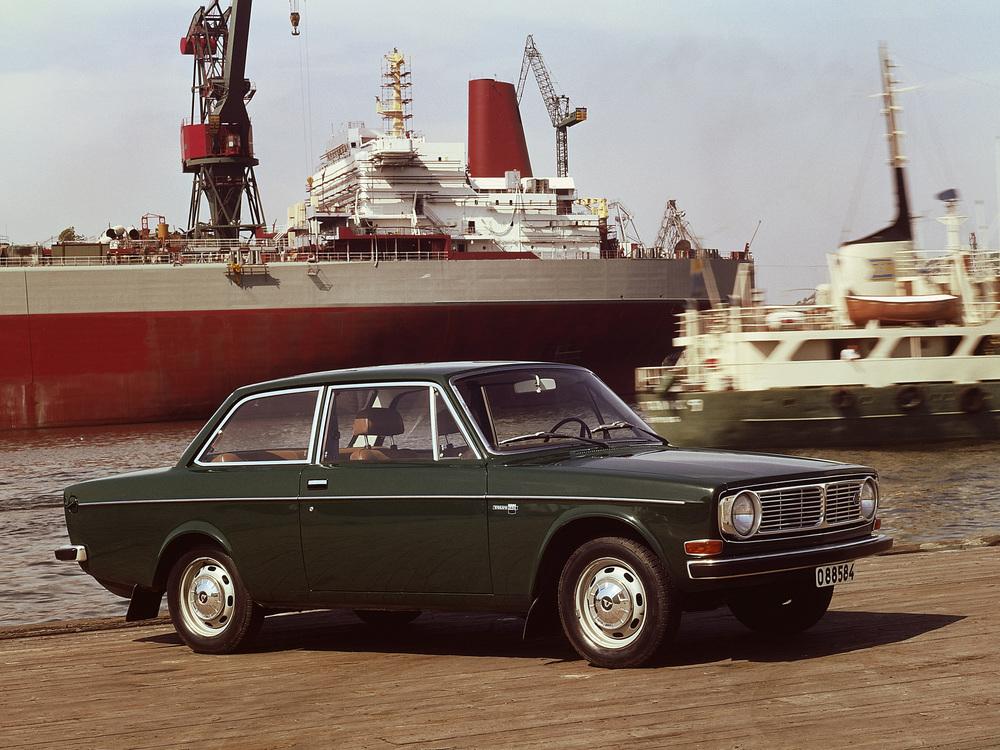 5901_Volvo_142_Basic.jpg