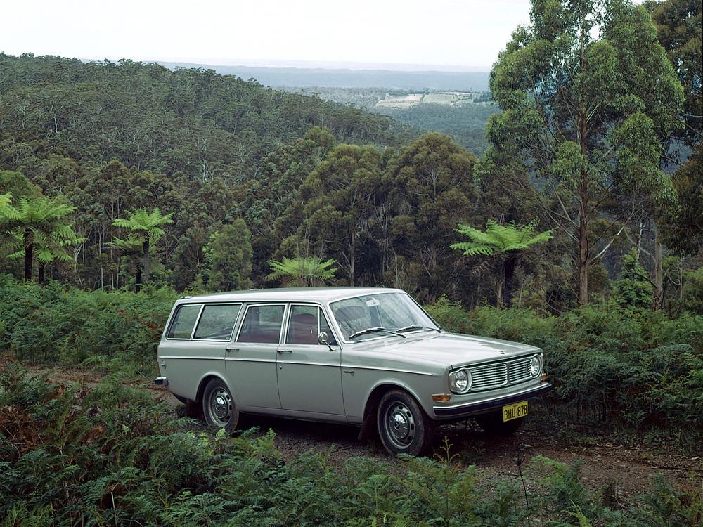 5903_Volvo_145.jpg