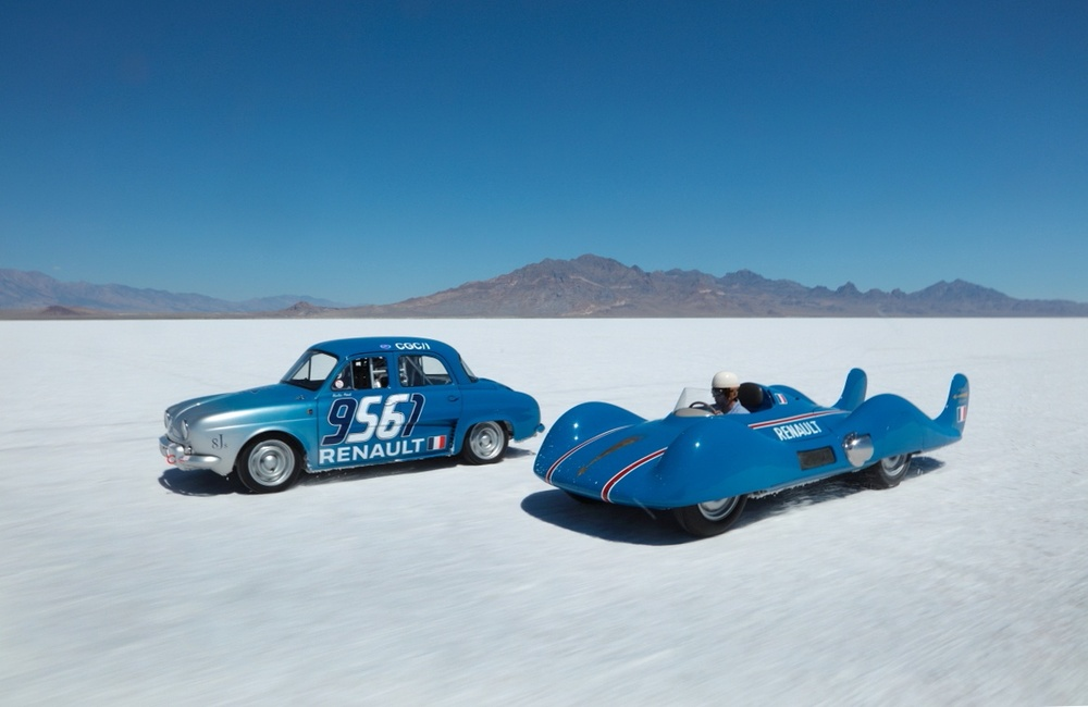 60TH ANNIVERSARY - ETOILE FILANTE AND RENAULT DAUPHINE ON THE SALT LAKE.JPG