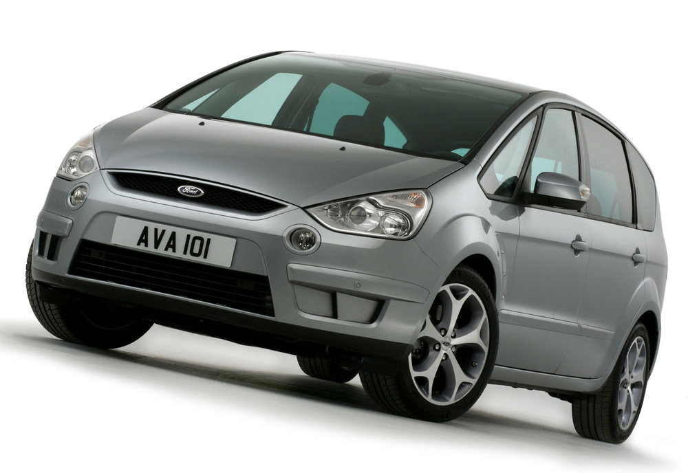Ford S-Max -16.jpg