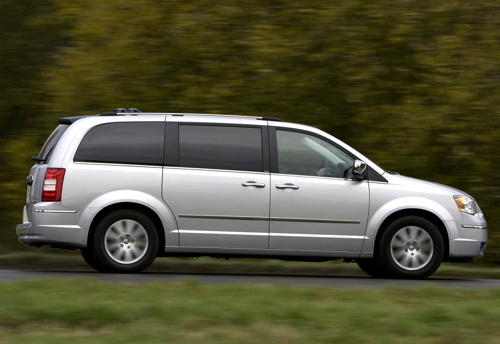 Chrysler Grand Voyager 16.jpg
