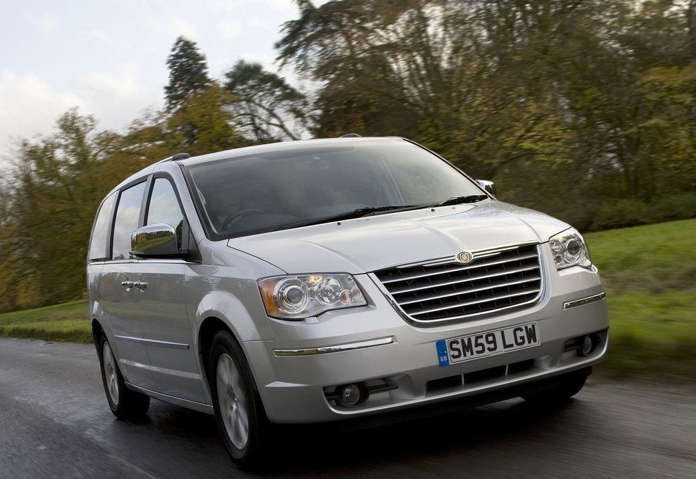 Chrysler Grand Voyager 15.jpg