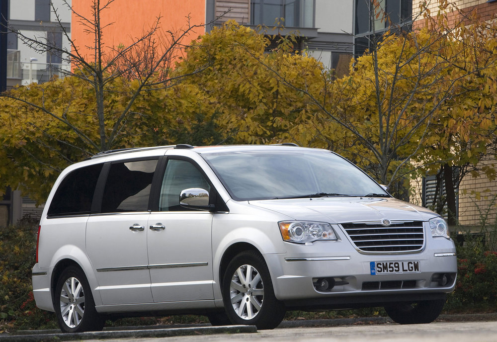 Chrysler Grand Voyager 12.jpg