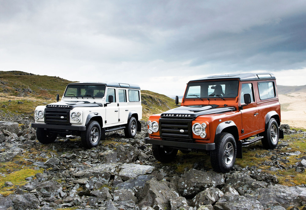 Land Rover Defender 10.jpg