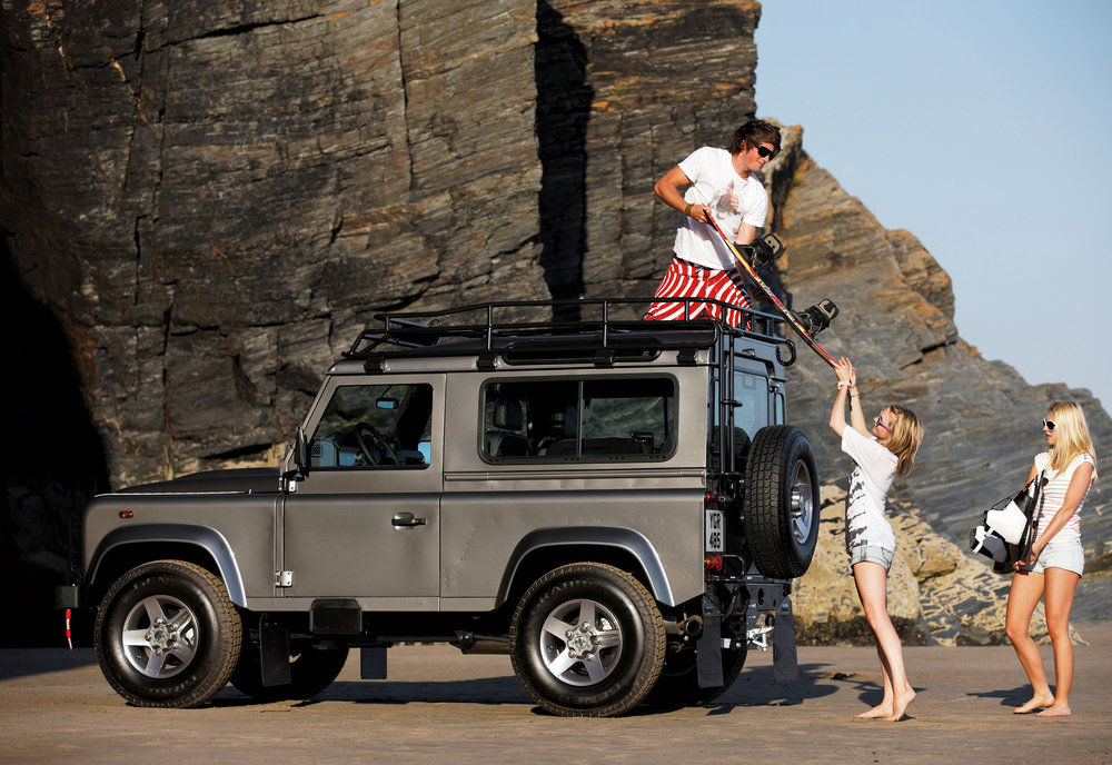 Land Rover Defender 08.jpg