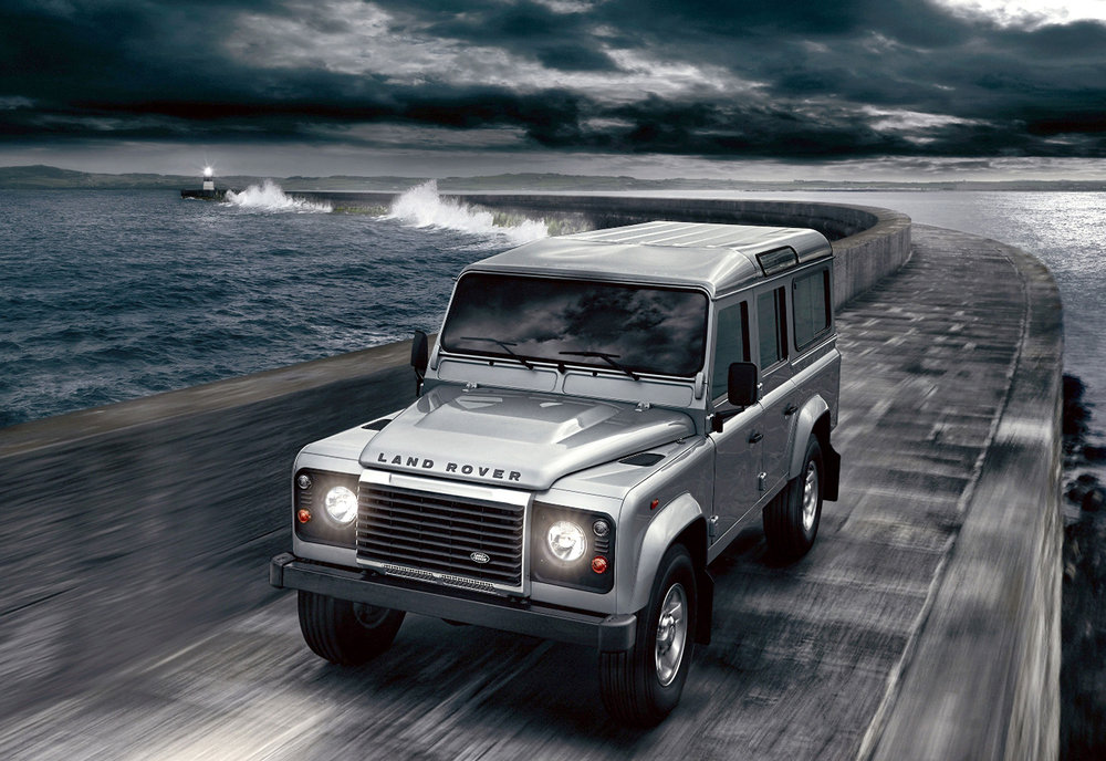 Land Rover Defender 05.jpg