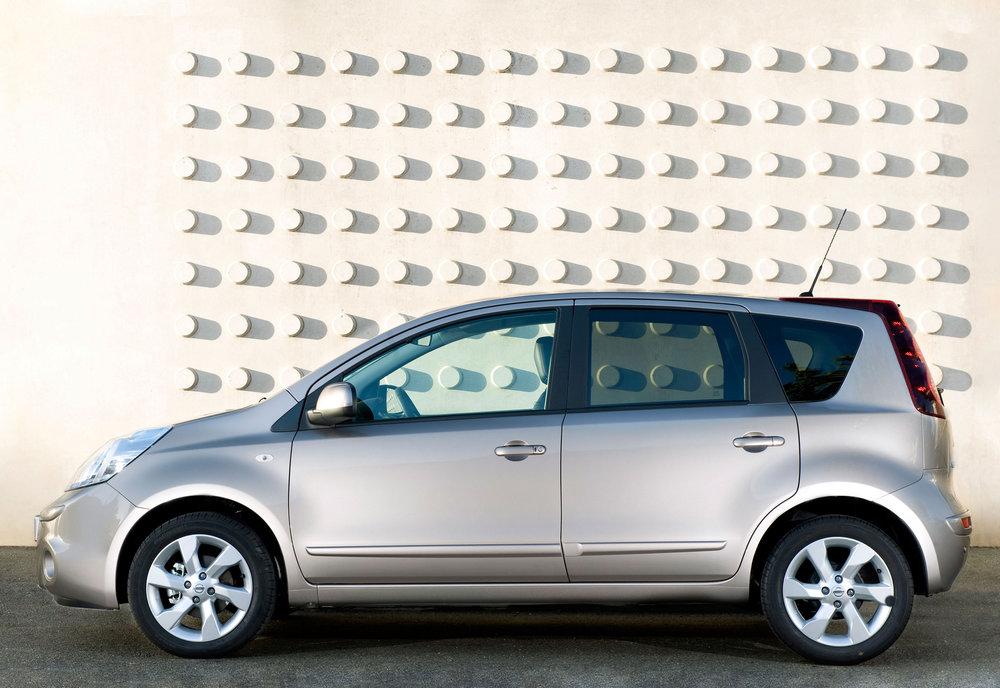 Nissan Note MkI 14.jpg