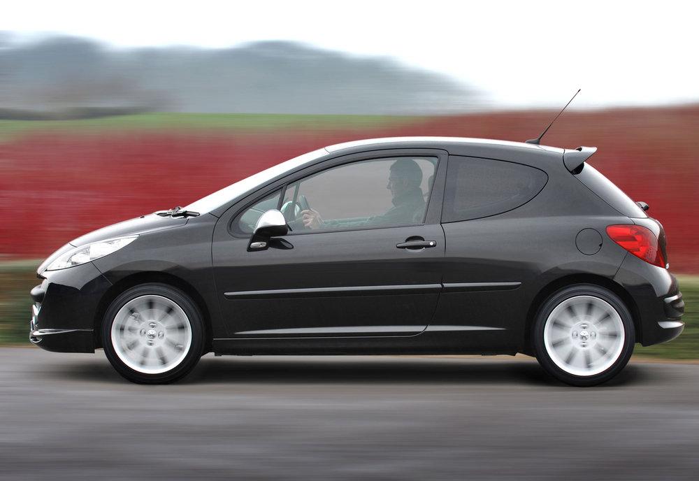 Peugeot 207 08.jpg